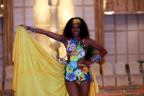 Trang phục của người đẹp Guadeloupe