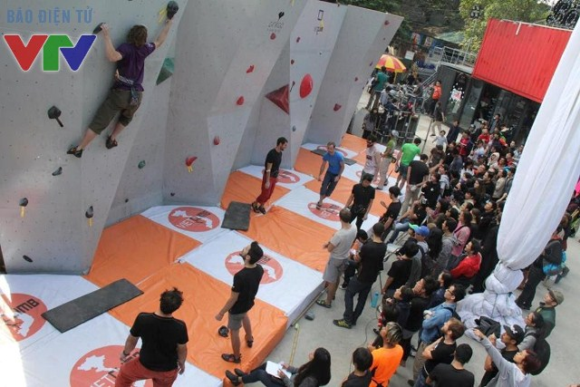 Ngày hội là nơi thỏa mãn đam mê leo núi của nhiều bạn trẻ