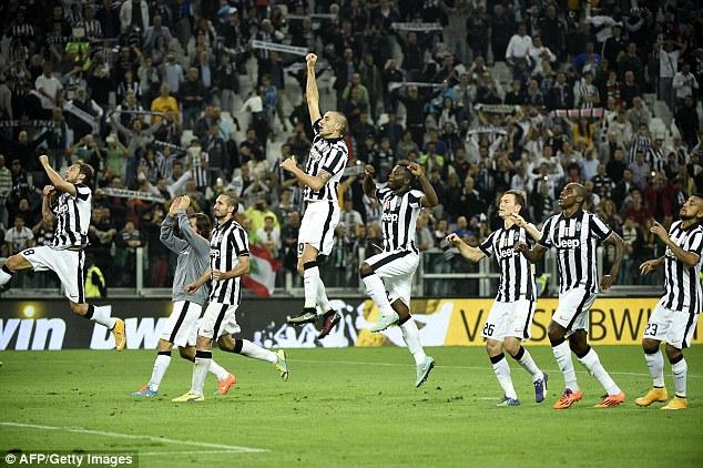 Juventus đang không có đối thủ tại Serie A?