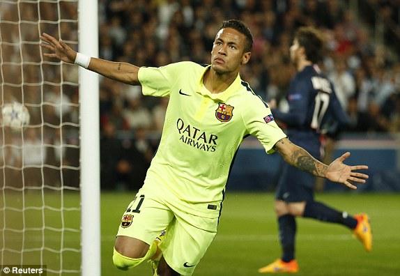 Sau những phút đầu thăm dò, Barcelona đã có bàn thắng vươn lên dẫn trước nhờ công của Neymar.