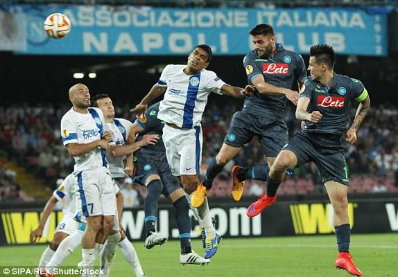 Napoli có một trận hòa thất vọng trước Dnipro