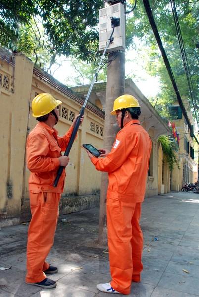 Hiện tại Tổng công ty điện lực Hà Nội đã áp dụng cho tất cả các công ty Điện lực trực thuộc (30/30 đơn vị) với tổng số 1294 bộ camera. (Ảnh: Trí Thức Trẻ)
