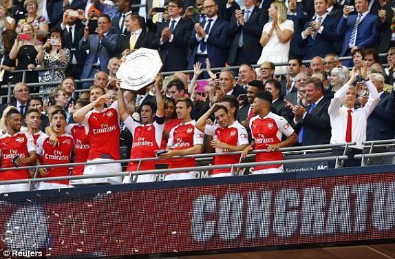 Arsenal đăng quang Community Shield một cách xứng đáng.