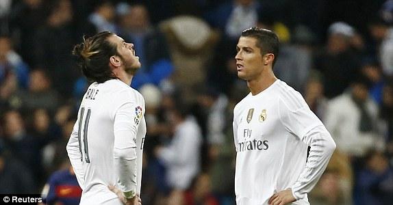 Sự ngán ngẩm của Ronaldo và Bale trước màn trình diễn đáng quên của đội nhà