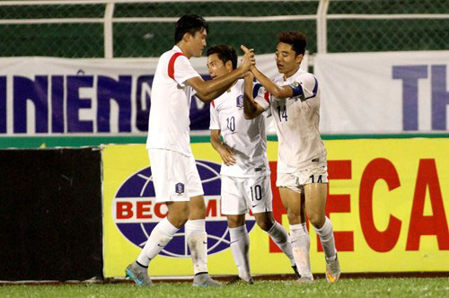 U19 Hàn Quốc tiến vào trận chung kết nhờ phong độ ghi bàn ấn tượng của thủ quân Lee Dong Jun