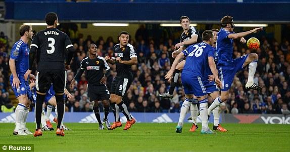 Thi đấu đầy quyết tâm tuy nhiên Chelsea lại không thể giành trọn 3 điểm trước Watford.