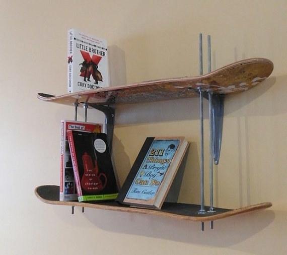 Giá sách ván trượt dành cho dân skate