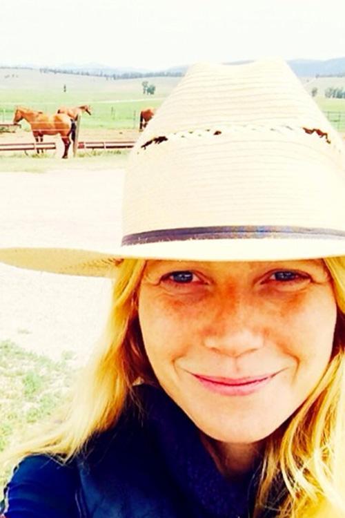 Gwyneth Paltrow lấm tấm tàn nhang khi không trang điểm.