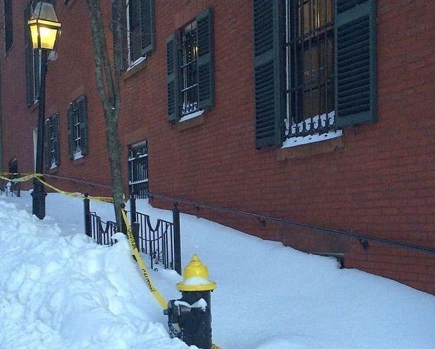 Ngoại trưởng Mỹ John Kerry đã bị phạt 50 USD vì không dọn tuyết trước cửa nhà