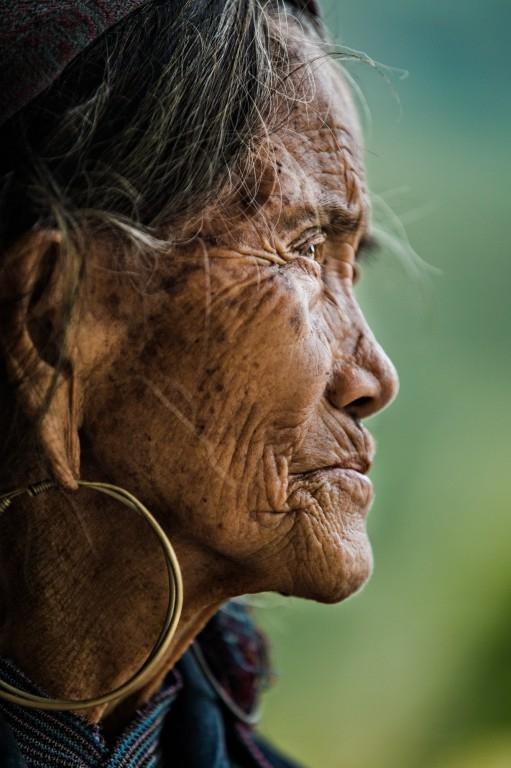 Cụ bà Hmong ở Sapa