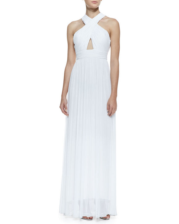 Váy cưới của hãng