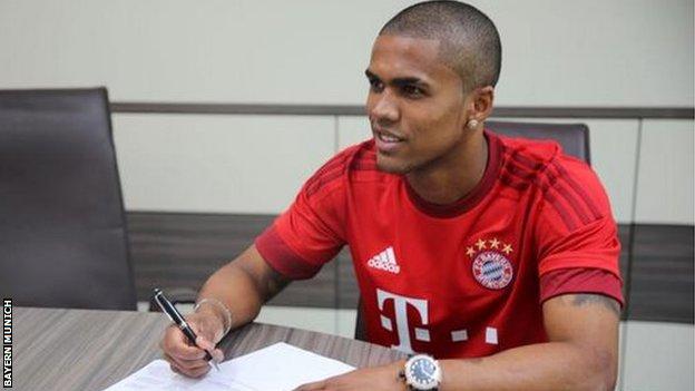 Douglas Costa, bản hợp đồng sáng giá nhất của Bayern Munich  đến thời điểm hiện tại