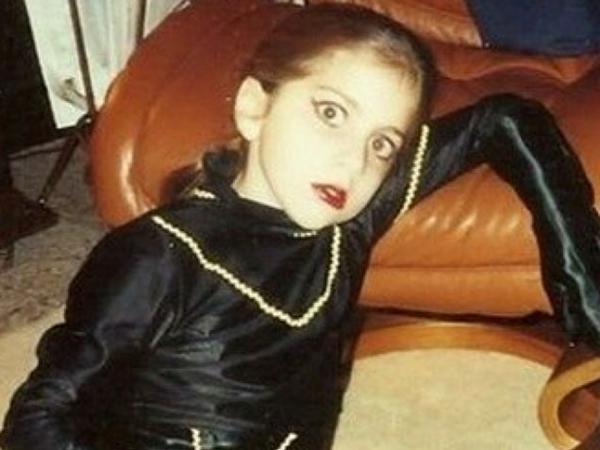 Lady Gaga dường như là một người thích sự kỳ quái ngay từ khi còn nhỏ.