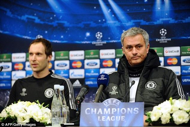 Người Đặc Biệt Jose Mourinho không thể cản việc Petr Cech gia nhập Arsenal