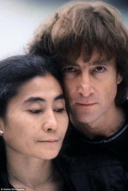 Những khoảnh khắc hạnh phúc cuối cùng trong cuộc đời John Lennon
