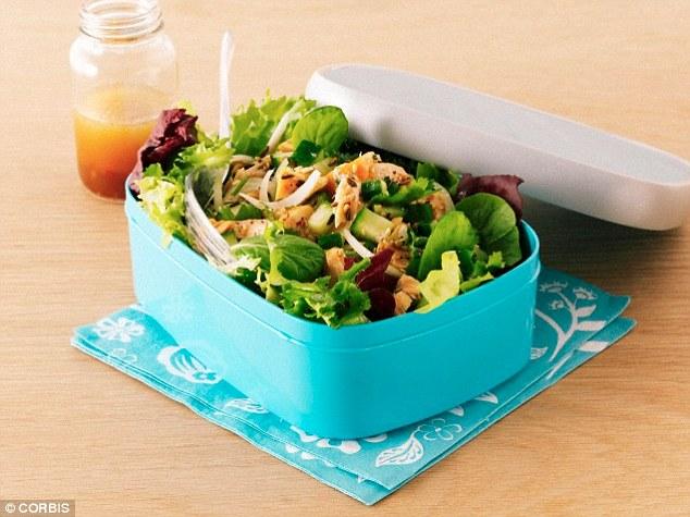 Một trong những lý do chính khiến chúng ta cảm thấy trì trệ vào buổi chiều là do cơ thể đang bận rộn tiêu hóa bữa trưa.