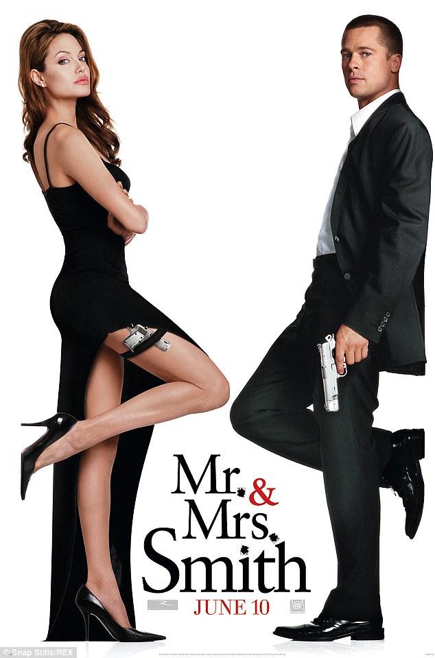 Brad Pitt và Angelina Jolie trong dự án Ông bà Smith năm 2005.