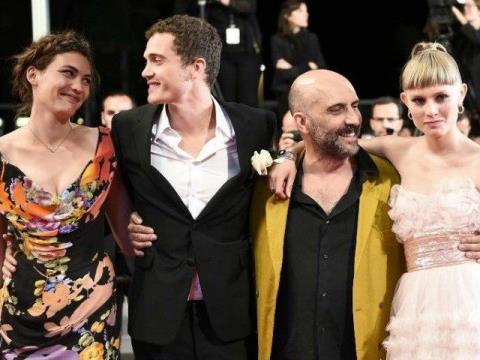 Đoàn phim Love tại thảm đỏ LHP Cannes.