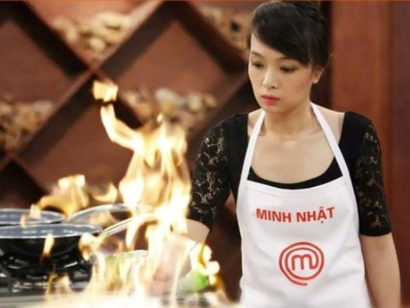 Minh Nhật trong quá trình chế biến món ăn. (Ảnh: Nhân vật cung cấp)