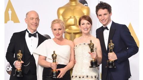Những diễn viên chiến thắng tại Oscar năm nay, từ trái sang: J.K Simmons, Patricia Arquette, Julianne Moore và Eddie Redmayne.