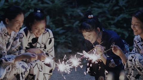 Cảnh trong Our Little Sister, phim tham gia tranh giải Cành cọ Vàng năm nay.