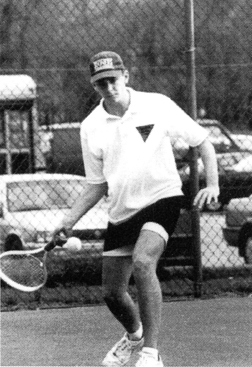 Bradley Cooper từng có thời năng động và lôi cuốn như một tay vợt chuyên nghiệp.