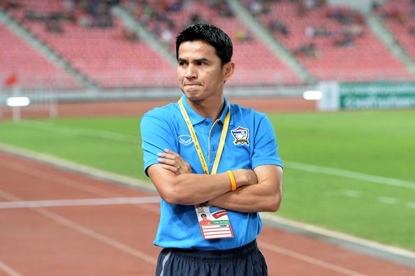 HLV Kiatisuk chỉ đạo U23 Thái Lan xuất phát với đội hình dự bị?