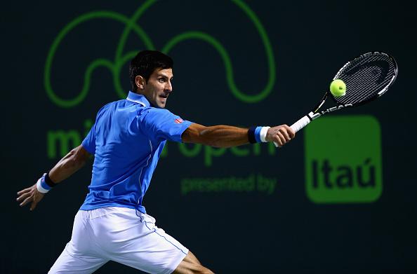 Novak Djokovic đã lọt vào vòng 4 Miami Open 2015