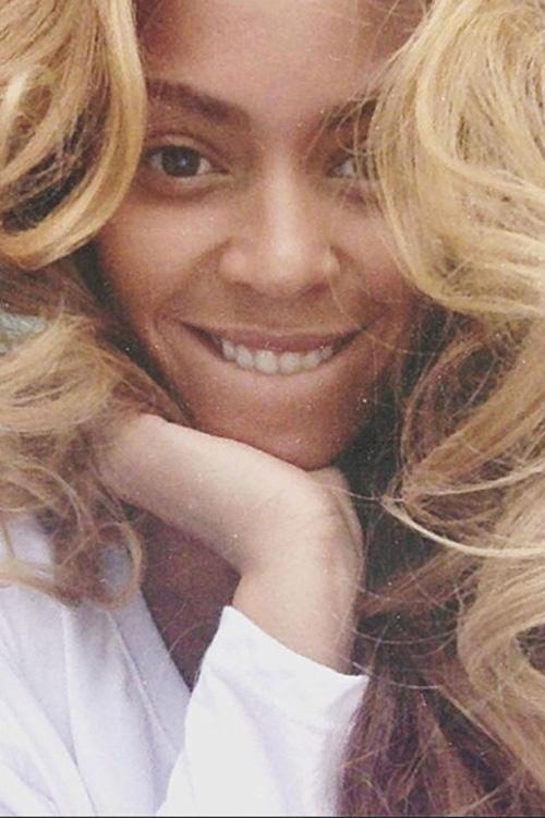Beyonce lộ vẻ dễ mến qua bức ảnh chân dung này.