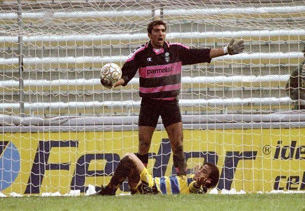 Để một thủ thành 17 tuổi đứng trước khung gỗ trong một trận đấu quan trọng là quyết định táo bạo nhưng không hề mạo hiểm khi HLV đội bóng chứng kiến tài năng và sự tự tin của Buffon.