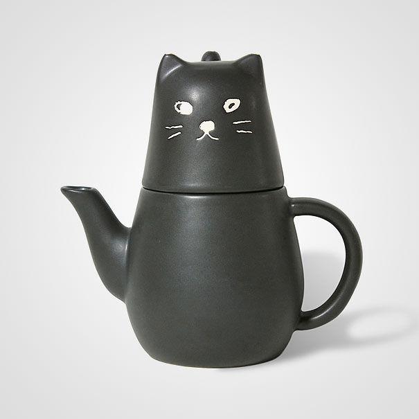 Hay một chiếc ấm hình mèo mun siêu yêu