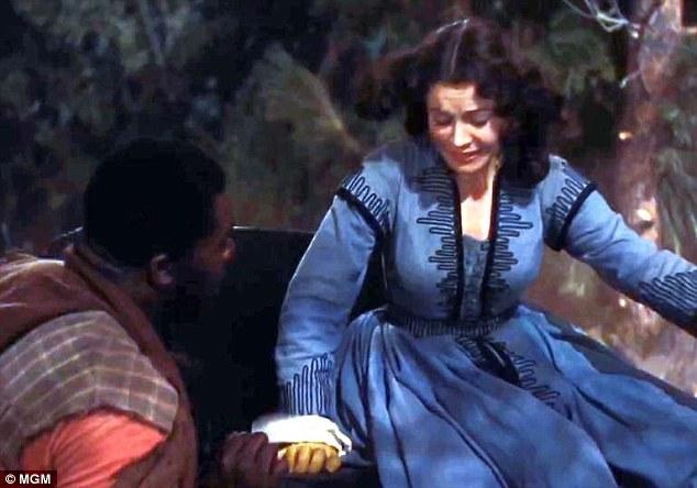 Chiếc váy được diễn viên Vivien Leigh mặc trong bộ phim