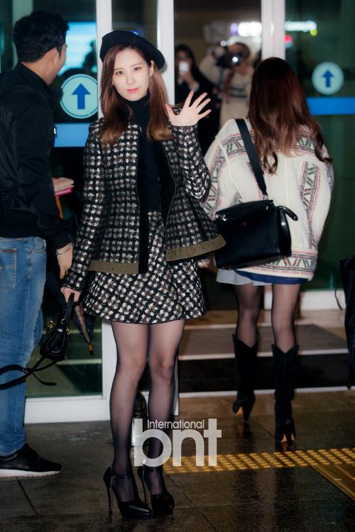 Seohyun trung thành với phong cách thời trang nữ tính, thanh lịch