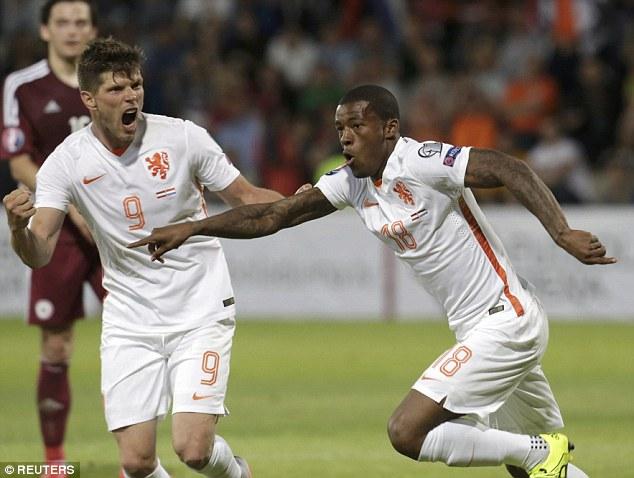 Hy vọng giành vé đến Euro 2016 lại được thắp lên cho đội tuyển Hà Lan
