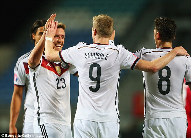 Andre Schuerrle ghi 3 bàn trong chiến thắng 7-0 của đội tuyển Đức