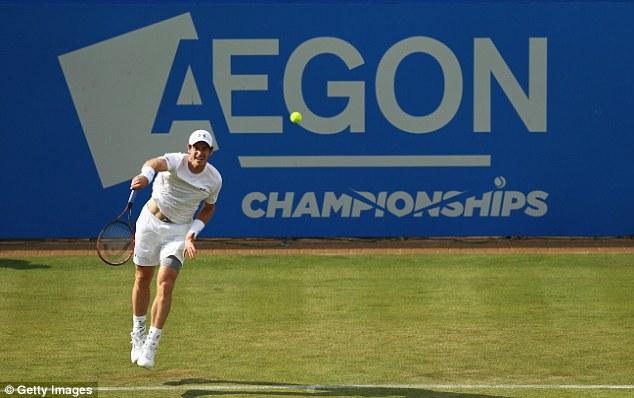 Andy Murray thi đấu rất hưng phấn trên sân nhà