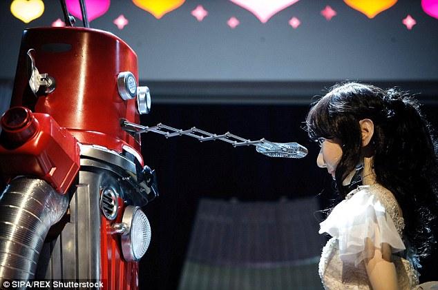 Nụ hôn đậm chất robot