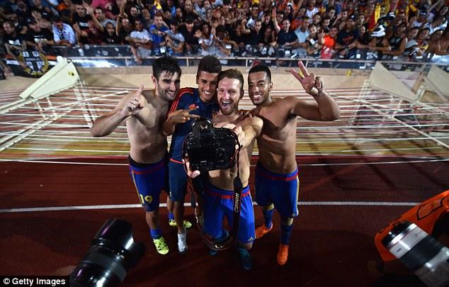Valencia là đội bóng thứ 5 của La Liga giành quyền tham dự vòng bảng Champions League 2015/16