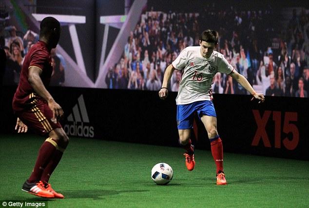 Trái bóng Beau Jeu sẽ được sử dụng tại nhiều giải đấu của châu Âu trong thời gian sắp tới