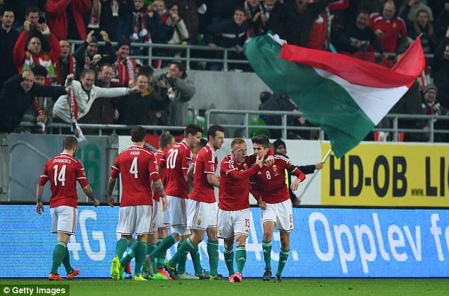 Hungary giành quyền tham dự VCK Euro sau 43 năm chờ đợi