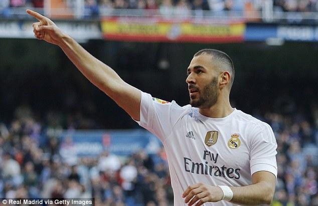 Benzema đã trở lại mạnh mẽ với 1 cú đúp vào lưới Getafe