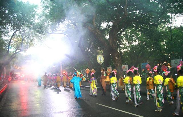 Những điểm nhấn thú vị tại Festival nghề truyền thống Huế 2015