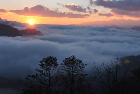 Sa Pa thành phố trong sương đẹp như tranh thủy mạc