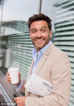Nghỉ giải lao vào buổi trưa và uống một cốc cà phê để tăng sinh khí