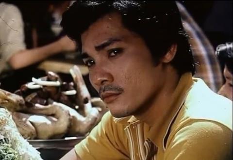 Thương Tín trong vai Sáu Tâm, một biệt động dũng cảm. Đây là vai diễn không lớn của Thương Tín thời hoàng kim, nhưng lại lại được khán giả nhớ nhất.