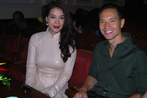 Trương Ngọc Ánh đến buổi giao lưu cùng diễn viên Kim Lý.