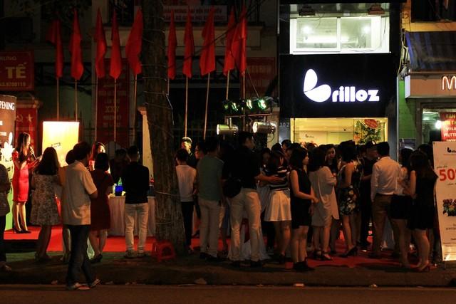 Tối 25/7, thương hiệu trang sức Brilloz đã cho ra mắt showroom thứ 2 trên toàn hệ thống. (Ảnh: Trí Thức Trẻ)