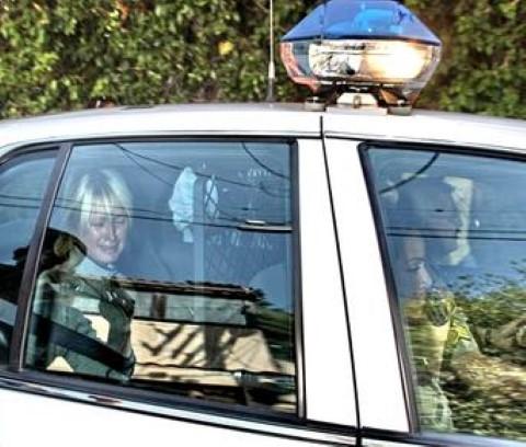 Bức ảnh Nick Út chụp Paris Hilton cũng nhằm ngày 8/6 sau 35 năm chụp bức Napalm Girl.