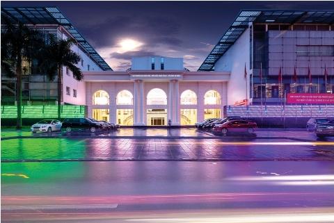 Toàn cảnh tòa nhà Star Galaxy Theater.