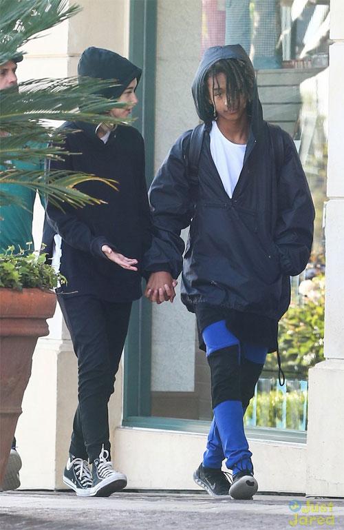 Cách đây 2 năm, nam diễn viên 16 tuổi từng bị đồn có mối quan hệ tình cảm với em gái Kim Kardashian, người mẫu Kylie Jenner nhưng chưa một lần lên tiếng xác nhận.